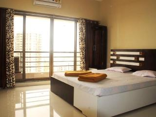 3 Bedroom Luxury Bed & Breakfast in Goregaon East, Mumbai (Bombay)