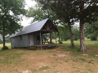 Cabin in Bastrop County near F1 Track