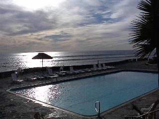17 unit 1 ocean view condo inlas gaviotas