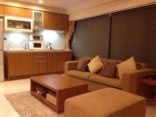 2 Bedrooms next to XinYi AnHe MRT Station, Taipéi