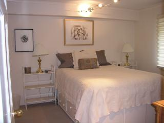 Lovely 1 bdr Lionshead condo.  2 min walk to lift