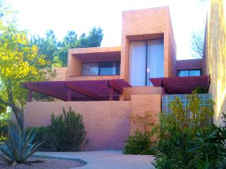 12 Room Private Golf- & Lakeview Resort Villa, Scottsdale