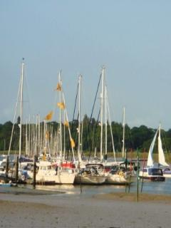Sailing on the Beaulieu river