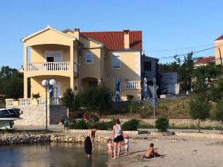 Apartments PePe (A2) - Lukoran, Island of Ugljan