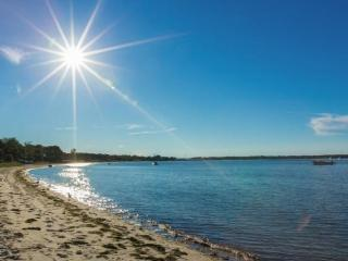 Charming Home 100 paces to Sag Harbor Bay Beach