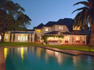 Ten Stirling Bed and Breakfast, Johannesburg