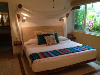 Gorgeous first floor unit @ Los Mangos, Zihuatanejo
