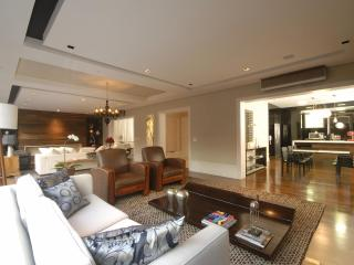 Luxury apartment in Jardins/SP, Sao Paulo