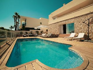 Cherry Ibiza Villa, Sant Josep de Sa Talaia