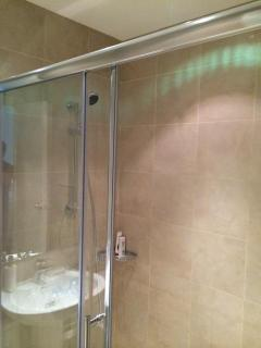 Hot and Cold Private Shower