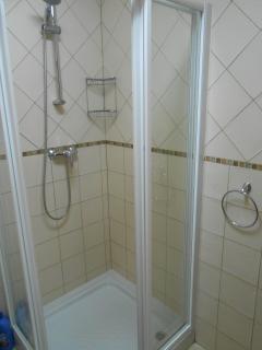 Nice & Cean Shower