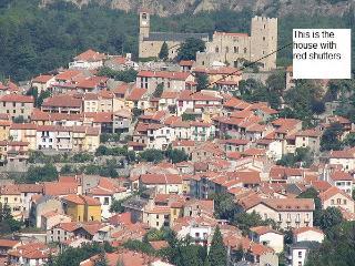 Maison Belle Vue - Vernet les Bains, stunning views, FREE WIFI, Sleeps 7/8