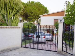 Villa Rita comoda e confortevole (camera 1), Fontane Bianche