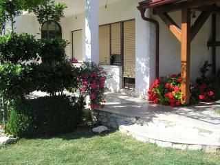 Kuća  za ugodan odmor, Razanac
