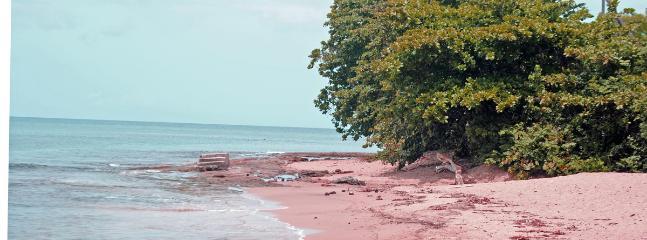 Sandy beach 5 Minute walk