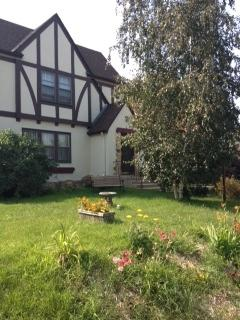 Charming 2br Duplex near Mall of America  & lakes