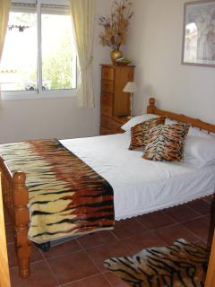 Large Master Bedroom with Fitted Wardrobes