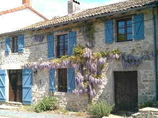 The Old Bakery, La Chapelle Montbrandeix