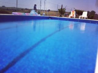 Casa con piscina Valdefuentes