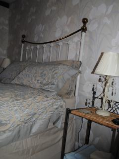 Another Crescent Bedroom