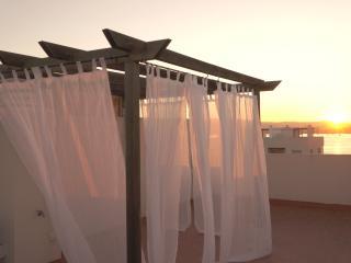 DUPLEX EN URBANIZACION NUEVO CALA DE BOU (PIINET), Ibiza