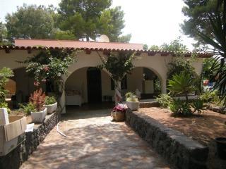 Porta Della Sicilia, Villa Aloe - Vulcano Eolie, Isola Vulcano