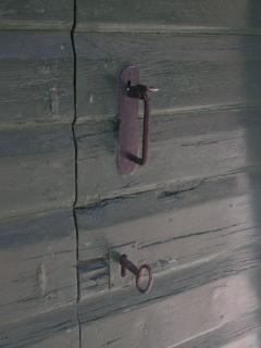 Details of the door's top floor bedroom