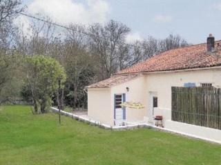 Riverside Cottage, Dampierre-sur-Boutonne