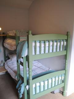 Bunk Bedroom (full size single beds)