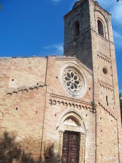 Pianella:Chiesa Santa Maria Maggiore del XII sec.