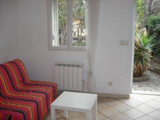 petite maison style mazet, Nîmes