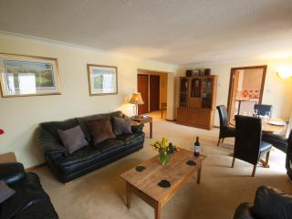 No. 33 Guthrie Court, Gleneagles - sleeps 5