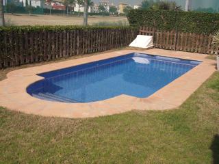 Great pool - sunshine west facing