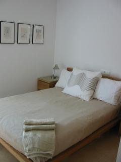 Stylish bedrooms 3 x doubles