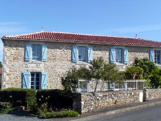 La Maison en Pierre Holiday Home, Saint-Juire-Champgillon