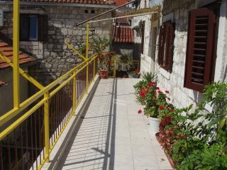 Stone villa (Omiš center) - Apartment 3, Omis
