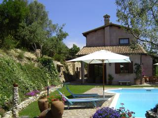 Villa Montagnola, Torri in Sabina