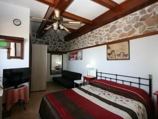Villino Spasale, Castelmola