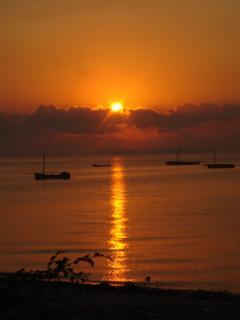 coucher de soleil (vue à partir du portail)