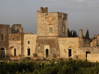 Historic villa for large groups in Puglia - Masseria Torre Ruggeri