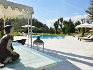LUXURY VILLA  POOL,TENNIS AND SPA CLOSE TO ROMA, Valmontone