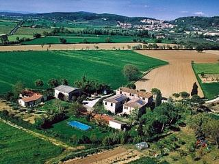 3 bedroom Villa in Asciano, Tuscany, Italy : ref 5228389