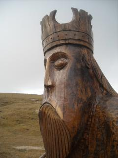 Cheer Up -Cheeky chops !!!!! this is the king - other wood carvings seen  at ferry and airport