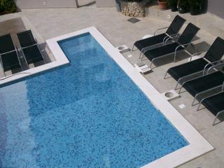 Luxury apartments Bonaria - Maestral (4+1)