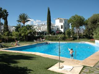 Sunny Family Home on Costa del Sol with games room, pool table & beautiful pool!