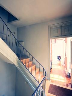 The 3 Sisters Lisbon :: apartment entrance door
