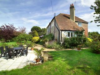 1920's house in a farm & country location, Shanklin