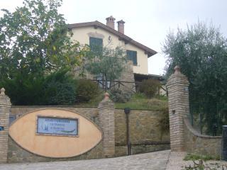 A warm welcome awaits you at La Macina di Bettona