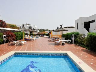 PDS 2 bedrooms apartment 400m from Troya beach, Playa de las Américas