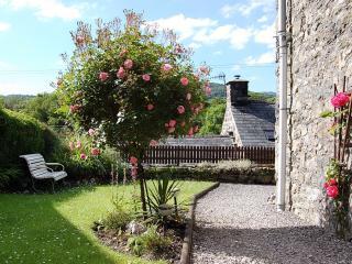 Tre Allt Gorgeous Cottage with garden